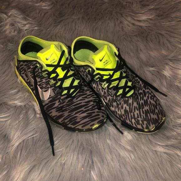 Woman's Nike Free Run